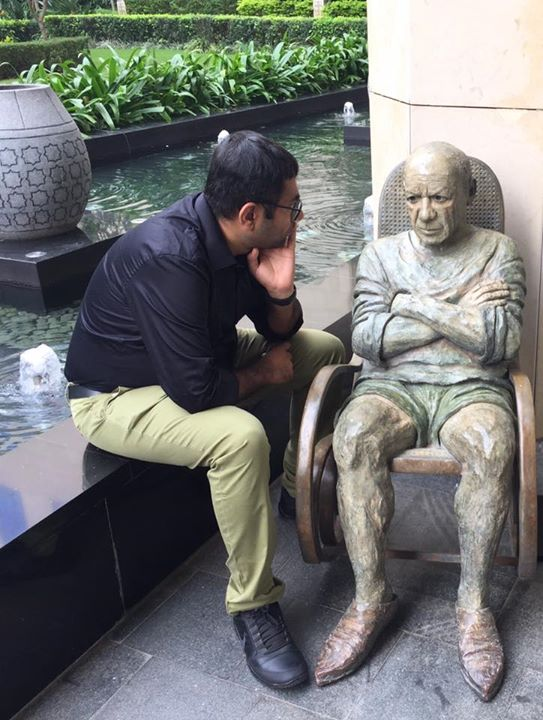 શું વિચારમાં છો દાદા?  તા.ક. આવી પ્રોપર્ટી બનાવવા અને ચલાવવા માત્ર પૈસા નહિ જીગર પણ જોઈએ...  #pablopicasso  #Banglore  #RitzCarlton