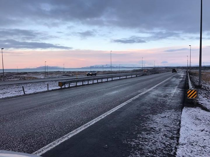 :: A road trip to a place that needs no filters :: Picture taken en route Reykjavik City from Airport. Evening to be spent in the city, wandering the buzzing streets of Reykjavik. Looking forward to the first glimpse of The Northern Lights tonight.   #funtasticFour #znmdIceland