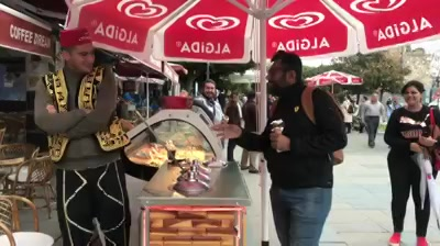 // હવે મારો વારો  // આ'ય બેટા // When the Turkish Ice Cream guy meets a Gujarati! #Gujjubhai #Karma #TurkishIceCream PS: He did enough to lure me for an ice cream.